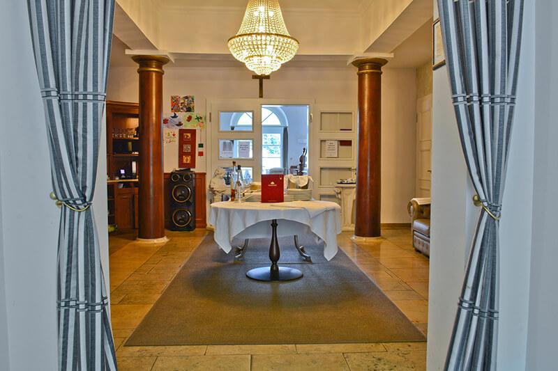 002-ristorante-castello-belvedere-bad-brueckenau.JPG