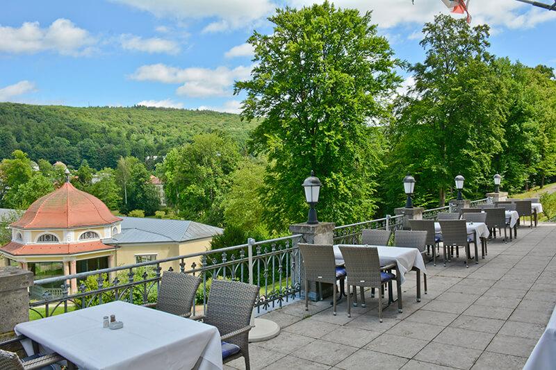 021-ristorante-castello-belvedere-bad-brueckenau-terrasse