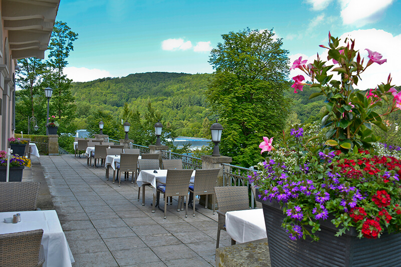 022-ristorante-castello-belvedere-bad-brueckenau-terrasse